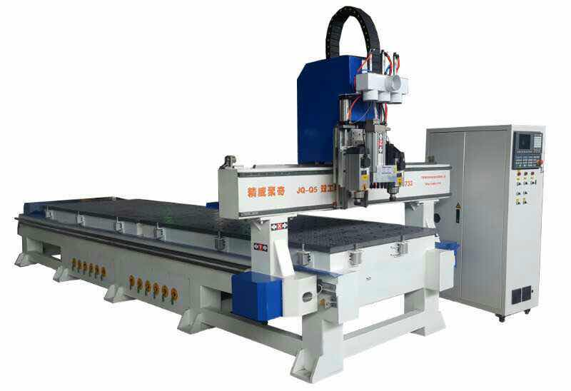 柜体专用数控开料机 Special numerical control cutting machine for cabinet body